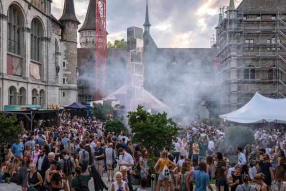 Party: Let's Go Rundfunk Again