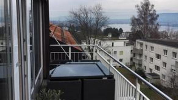 Sublease in Kilchberg: 2.5 room flat with lake views